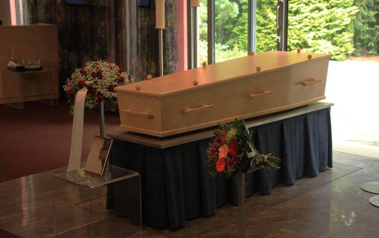 Цените на погребенията – как се формират
